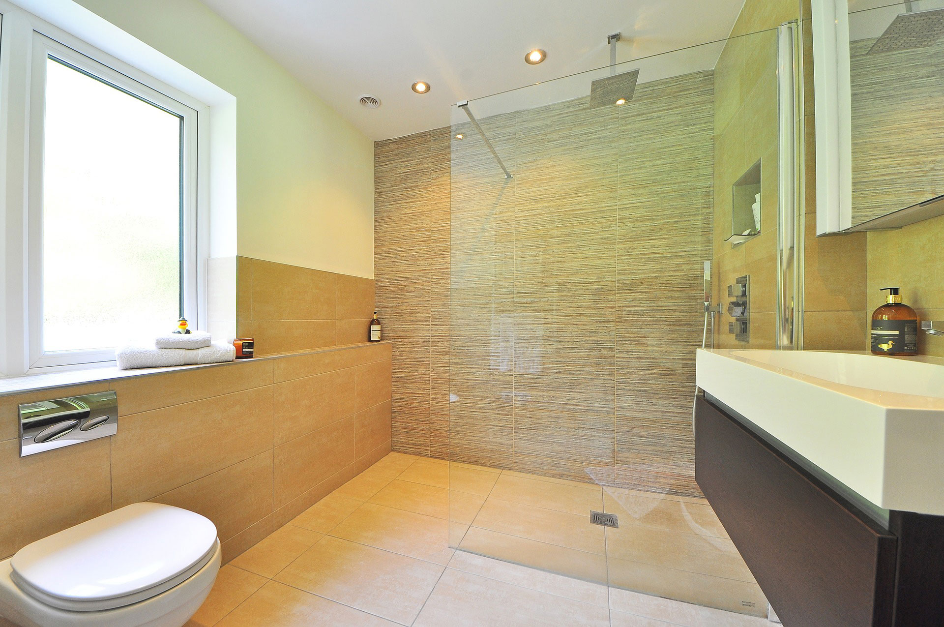Glass Shower Doors That Inspire A Bathroom Upgrade | Stouffville Glass Blog